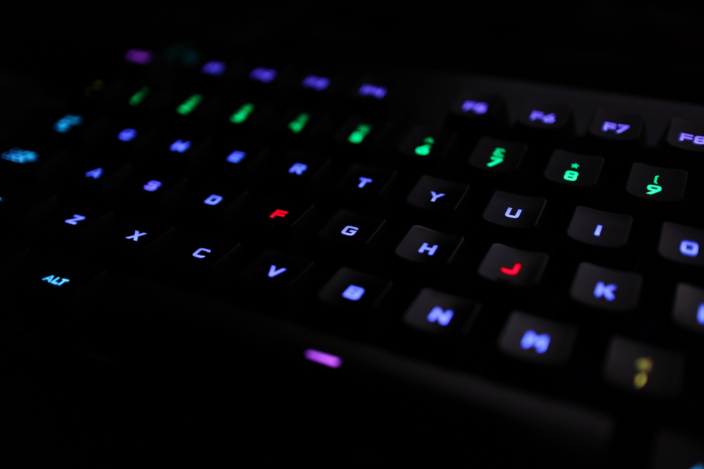 我的第一个机械键盘
