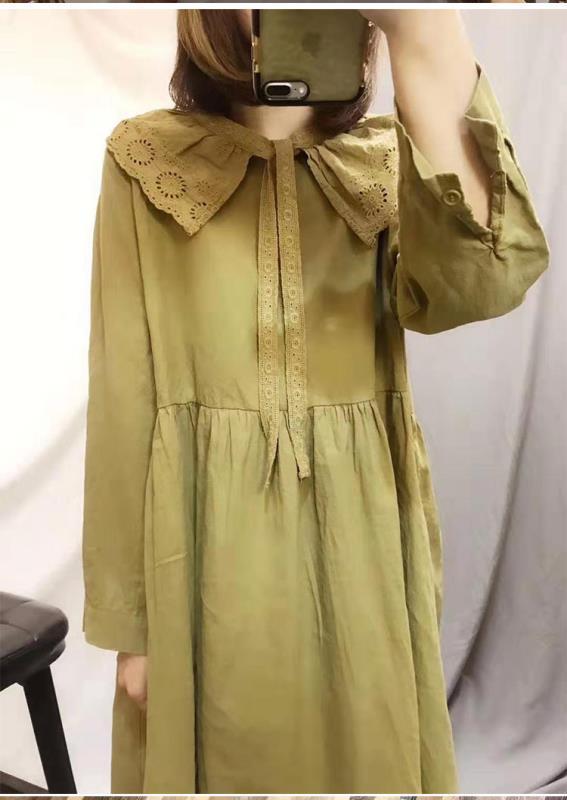 森系刺绣娃娃领棉麻连衣裙