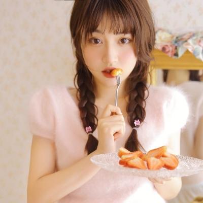 适合520用的甜系少女写真女头像